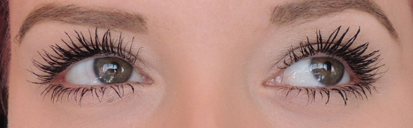 mascara benefit roller lash 3