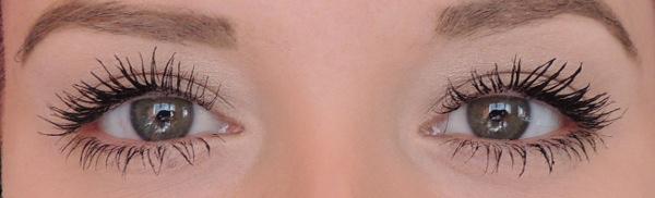 mascara roller lash benefit 1