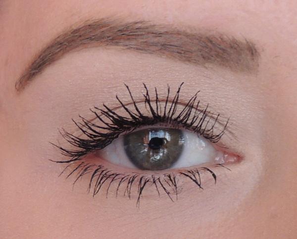 mascara roller lash benefit 6