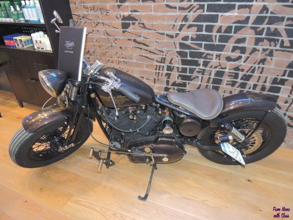 motocicleta kiehl's