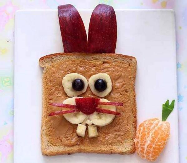 iepure de paste mic dejun