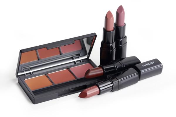 9-what-a-spice-eye-shadows-300-299-303-lipstick-444-443-448-445